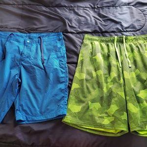 Mens large Old navy active shorts BLue & green 2pr